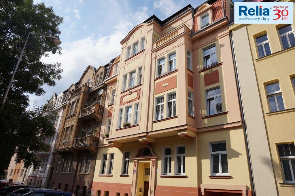Pronájem, Byt 2+1, cca 70 m2, Řetenice, Moskevské náměstí, Teplice.