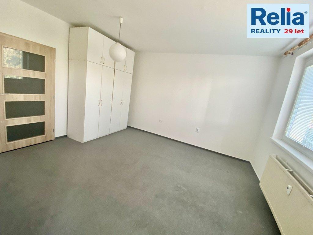 Pronájem bytu 1+1, 42 m2 - ul. Haškova, Rochlice