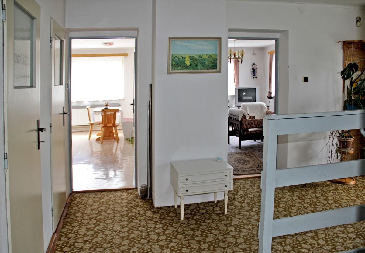 N49088 - Prodej zajímavého rodinného domu, 234 m²