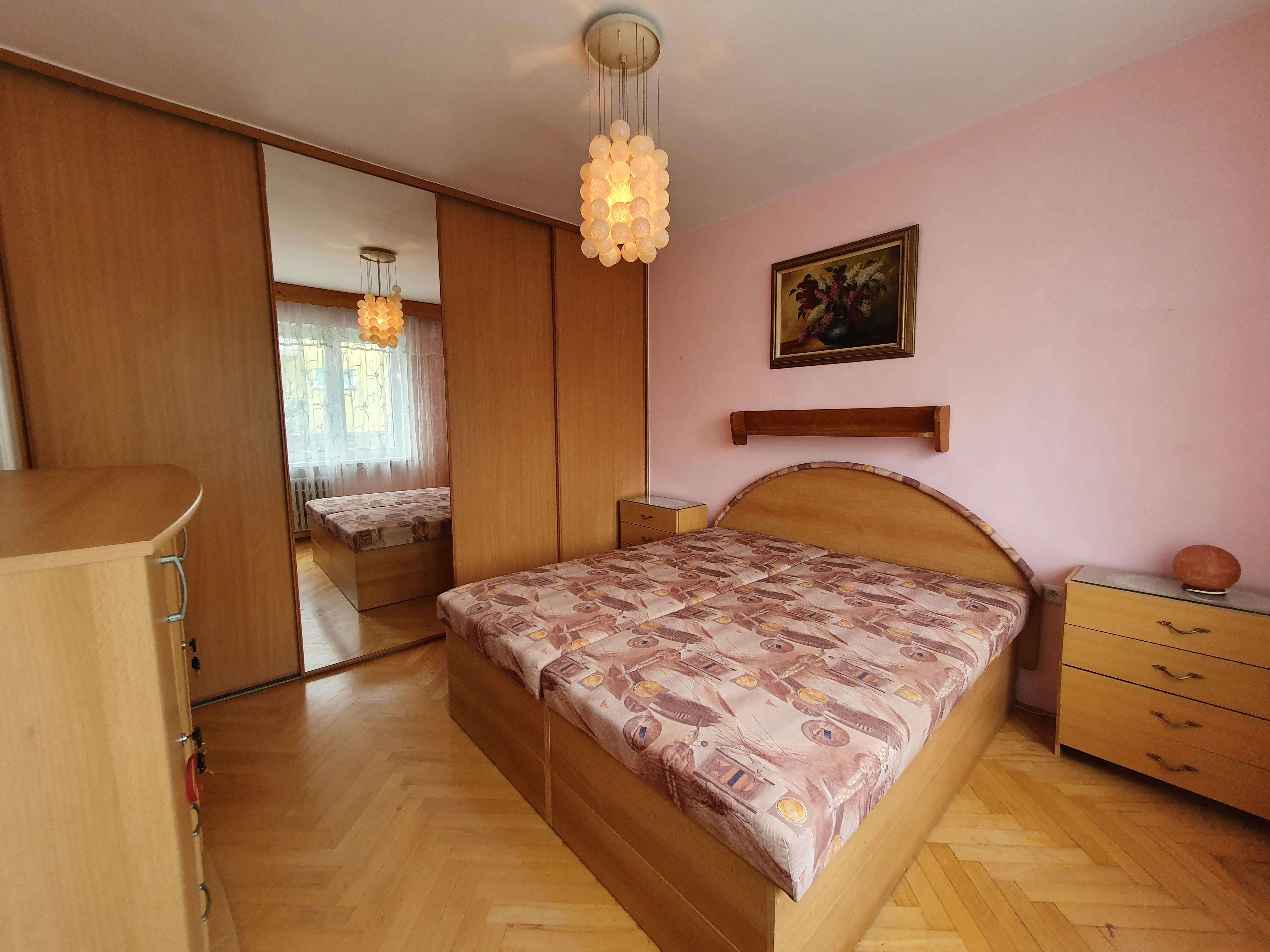 N49160 - Cihlový byt 3+1 se zasklenou lodžií, 72m² - Lázně Bohdaneč