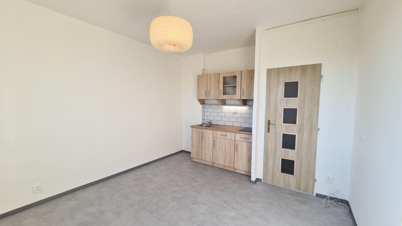 N49395 - Pronájem slunného bytu 1+kk, 20 m² - Liberec XIV-Ruprechtice
