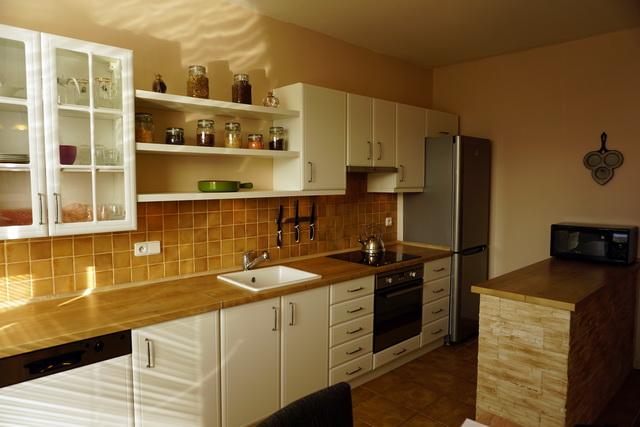 N48689 - Prodej zrekonstruovaného družstevního bytu s možností převodu do OV. Ul. Haškova - Rochlice