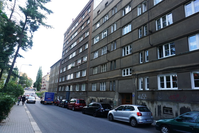 N48872 - Pronájem slunného bytu 1+1, 36 m2 v centru města
